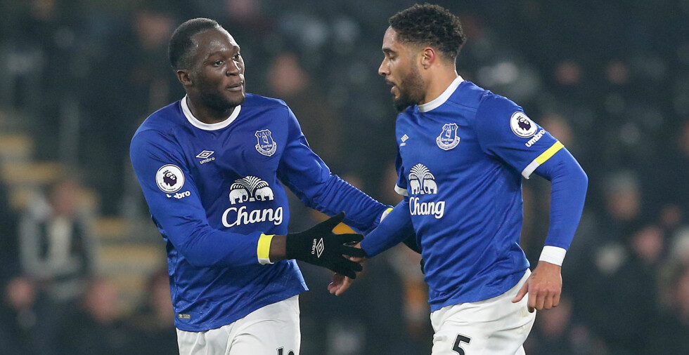 TURBULENT: Martin Keown spekulerer i at det kan være en feide i garderoben mellom Romelu Lukaku og Ashley Williams. Foto: Simon Bellis/Sportimage via PA Images / NTB / Scanpix