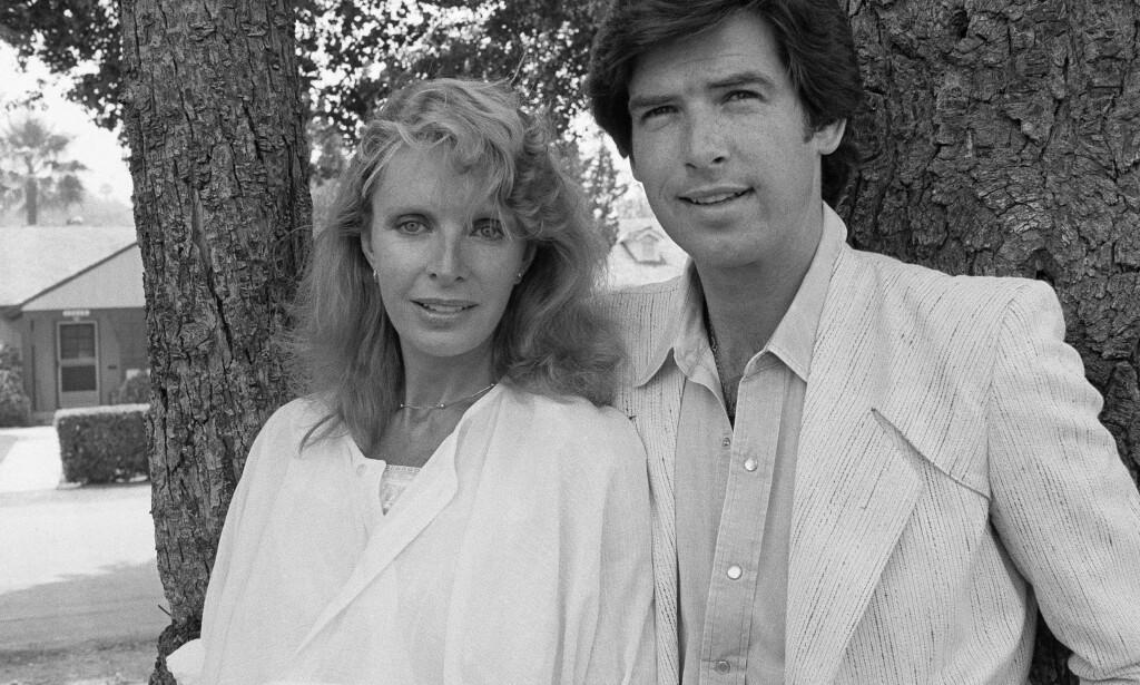 DØDE: Pierce Brosnan ble enkemann da Cassandra Harris, hans kone, døde av kreft i 1991. Dattera deres mistet livet til samme sykdom i 2013. Dette bildet ble tatt i 1983. Foto: NTB Scanpix
