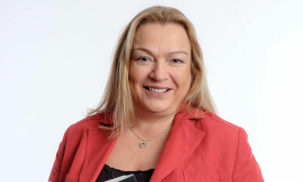 KRIMDEBUT: Myriam Bjerkli er sjef for Forlagshuset i Vestfold, har skrevet flere bøker, og debuterer nå med krimroman. Foto: Finn Bjurvoll Hansen