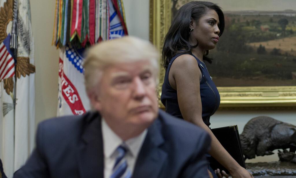 FIKK FYKEN TRE GANGER: Omarosa Manigault og Donald Trump har en lang fortid, hvor duoen først møttes gjennom realityprogrammet «The Apprentice». Foto: NTB Scanpix