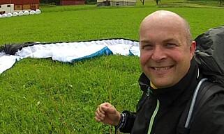 LANG FARTSTID: Jens Petter Fauske har 27 års erfaring med paragliding. Foto: Privat