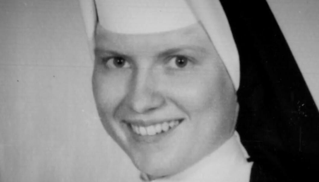 I 1969 ble ei nonne funnet brutalt drept. I døden kan hun ha tatt med seg en grusom hemmelighet