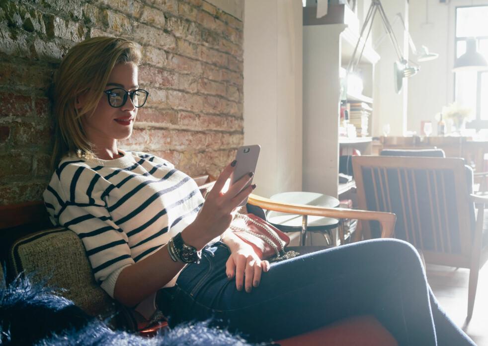 <strong>STOPP EN HAL:</strong> Virke vil stoppe unge kvinner som kjøper billig klær og nips fra utenlandske nettbutikker. Med en momsgrense som unge kvinner faktisk kan forholde seg til. Vi applauderer forslaget, men forstår ikke begrunnelsen. Foto: Shutterstock / NTB Scanpix