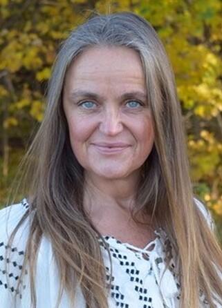 VÆR BEVISST: - Tenk over hva du spiser før og under eksamensdagen, oppfordrer Anne Lene Johsnen i Hjernefabrikken.