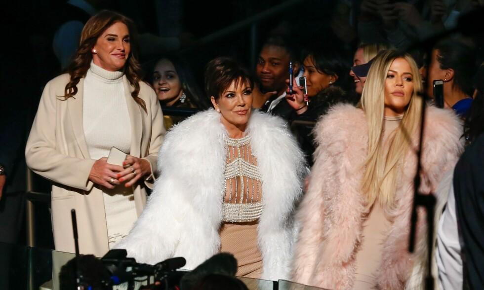 ISFRONT: Forholdet mellom Caitlyn Jenner, eks-kona Kris Jenner og stedatteren Khloe Kardashian har kjølnet betraktelig etter kjønnsskifteoperasjonen. Foto: NTB Scanpix.