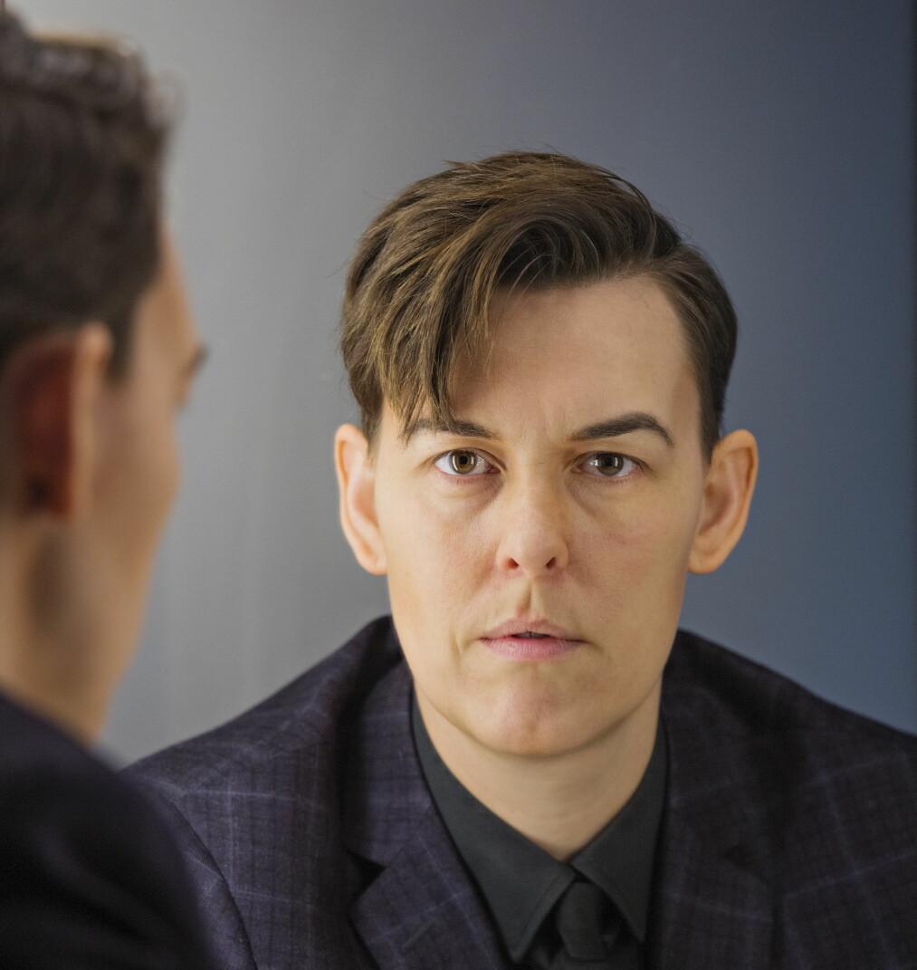 Rett refleksjon: I speilet så Adrian Angelico (37) en annen enn den han følte seg på innsiden. Foto: Jørn H. Moen
