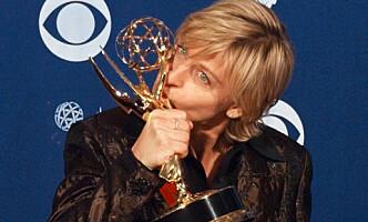 EMMY: Ellen vant en Emmy i 1997 for episoden hun sto fram som homofil i. Foto: NTB scanpix / AP Photo/Kevork Djanzezian, File