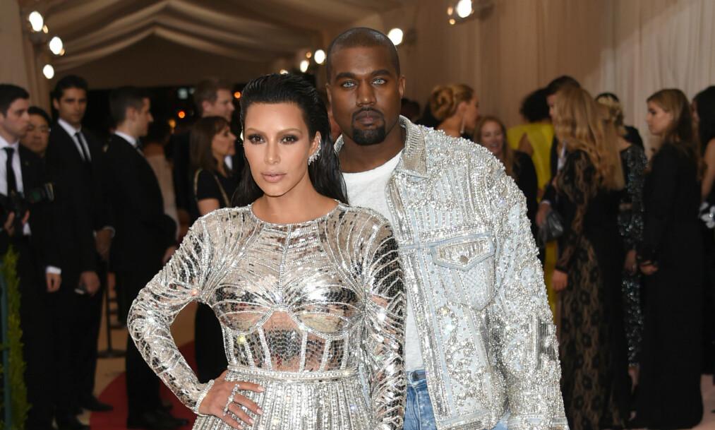 <strong>ALENE FOR FØRSTE GANG:</strong> Kim Kardashian og Kanye West har deltatt på Met-gallaen sammen hvert år siden 2013. I år drar imidlertid førstnevnte alene. Her er det avbildet under fjorårets arrangement. Foto: NTB Scanpix