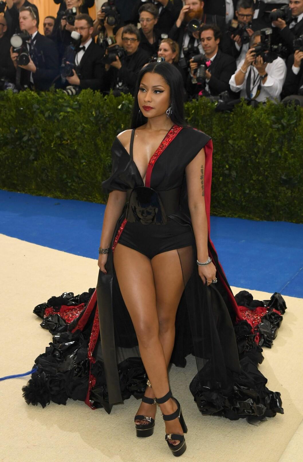 <strong>KORT KJOLE:</strong> Nicki Minaj. Foto: NTB Scanpix