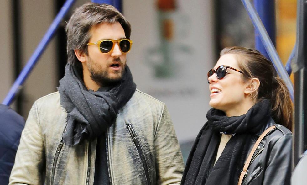 Lykkelig: Dimitri Rassam får Charlotte Casiraghi til å le. Har hun funnet den rette, mon tro? Foto: NTB scanpix