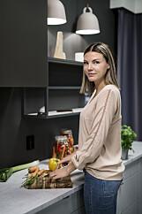 SPIS FROKOST: Grovbrød, egg, fisk og avokadosmoothie er godt valg til frokost i eksamenstiden, mener Cathrine Øverås Frisvold.