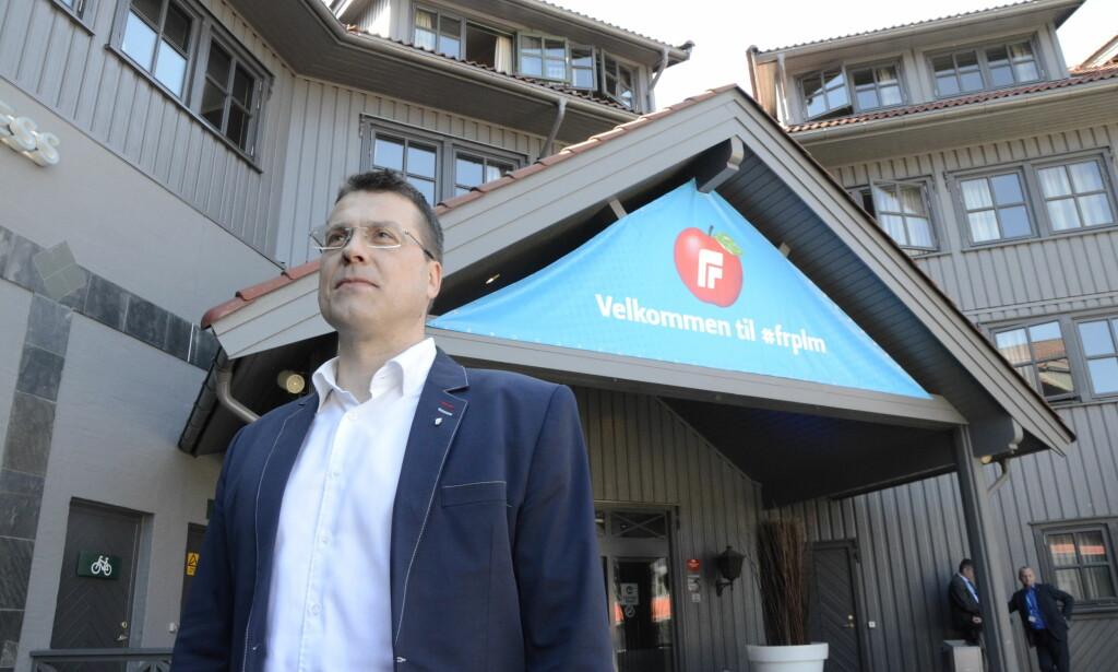MOT OMSKJÆRING: Tormod Overland i Frp mener det ikke er riktig å skjære i små guttebarn. Deler av partiet er uenig, og viser blant annet til frykt for at jødene som bor i Norge skal forlate landet. Foto: Torunn Støbakk / Dagbladet