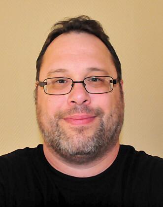 <strong>LA UT BILDE:</strong> Jeff Newman er ingeniør, ble nysgjerrig på den krasjede skjermen og la ut et bilde på nettet. Foto: Privat