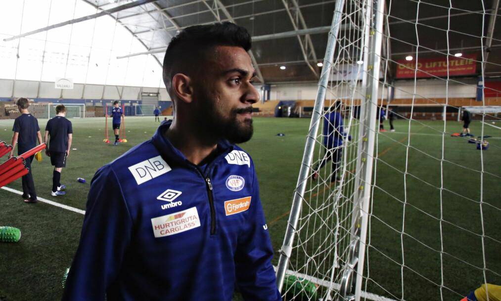 PÅ VEI BORT?: Vålerengas store stjerne, Ghayas Zahid, kan være på vei bort fra osloklubben. Her fra en trening tidligere i år. Foto: Frank Karlsen / Dagbladet