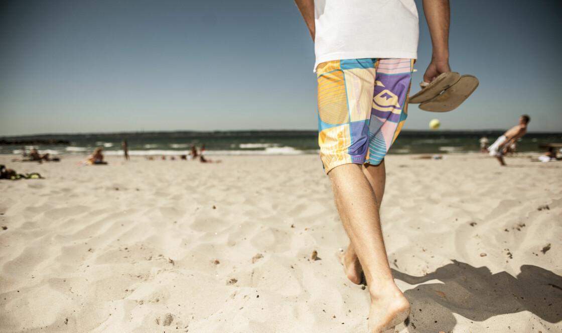 PERFEKT FOR BARNEFØTTER: Den myke sanden på Skånes mange strender er deilig å løpe rundt på. FOTO: Magnus Palmér