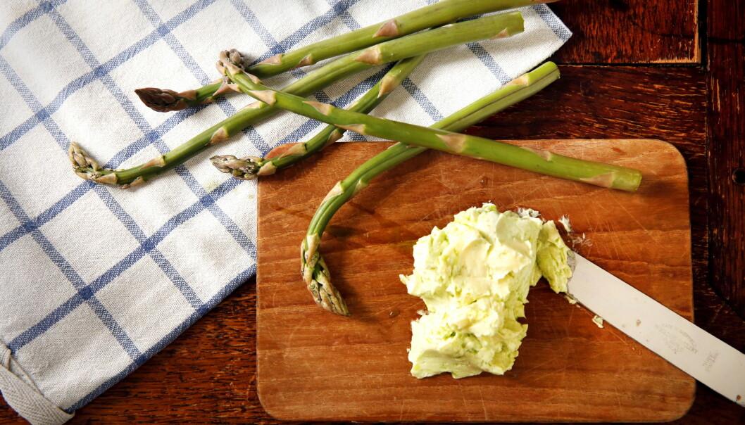 GRØNN ASPARGES: Den grønne har litt kortere koketid, men begge er sunne.