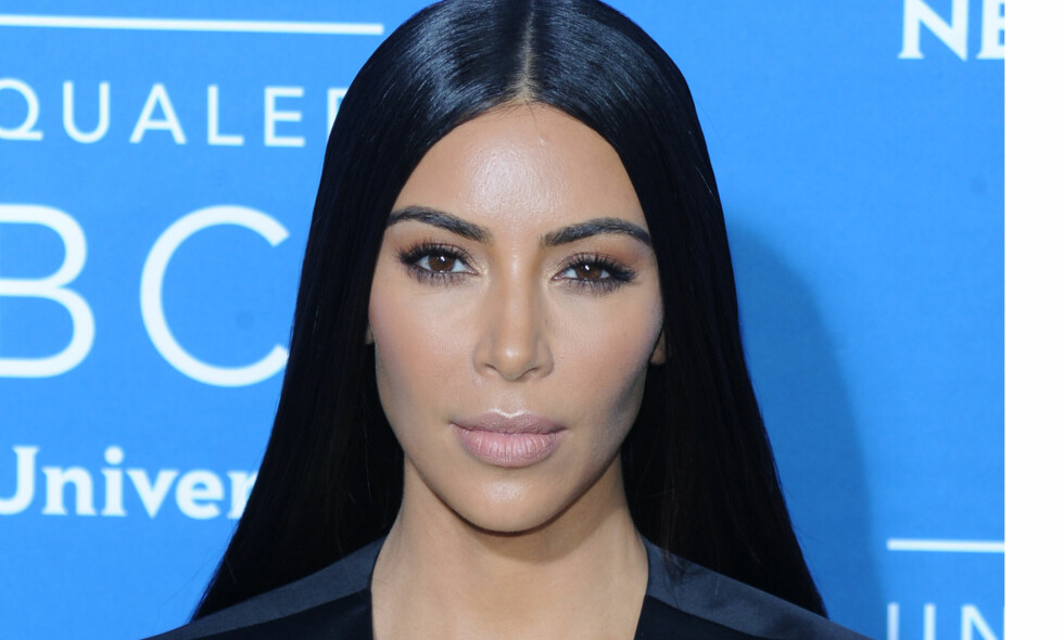 VIL IKKE BRUKE SMYKKER: Etter det brutale ranet Kim Kardashian ble utsatt for i fjor, vil hun ikke lenger gå med smykker i offentligheten. Foto: NTB Scanpix.