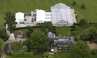 <strong>PLASS TIL MANGE:</strong> Bryllupsfesten vil bli holdt på Middleton-familiens egen eiendom, der et stort telt med glasstak er satt opp. Foto: NTB scanpix