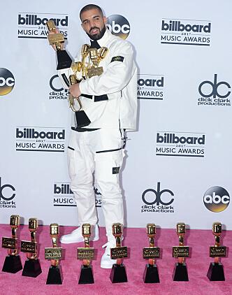 <strong>REKORD:</strong> Drake slo ny rekord da han vant hele 13 priser under «Billboard Music Award». Foto: NTB scanpix&nbsp;