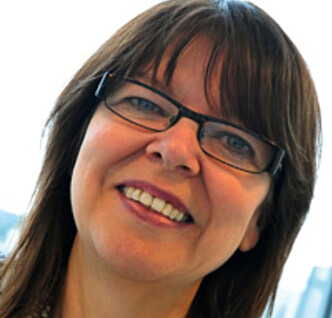 KROPPSBILDEEKSPERT: Ingela Lundin Kvalem sier de fleste av oss driver med en eller annen form for kroppssjekking. Foto: UiO