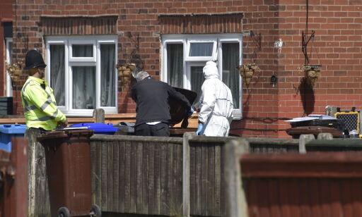image: Politiet til væpnet aksjon mot hus i Manchester: - Et voldsomt smell
