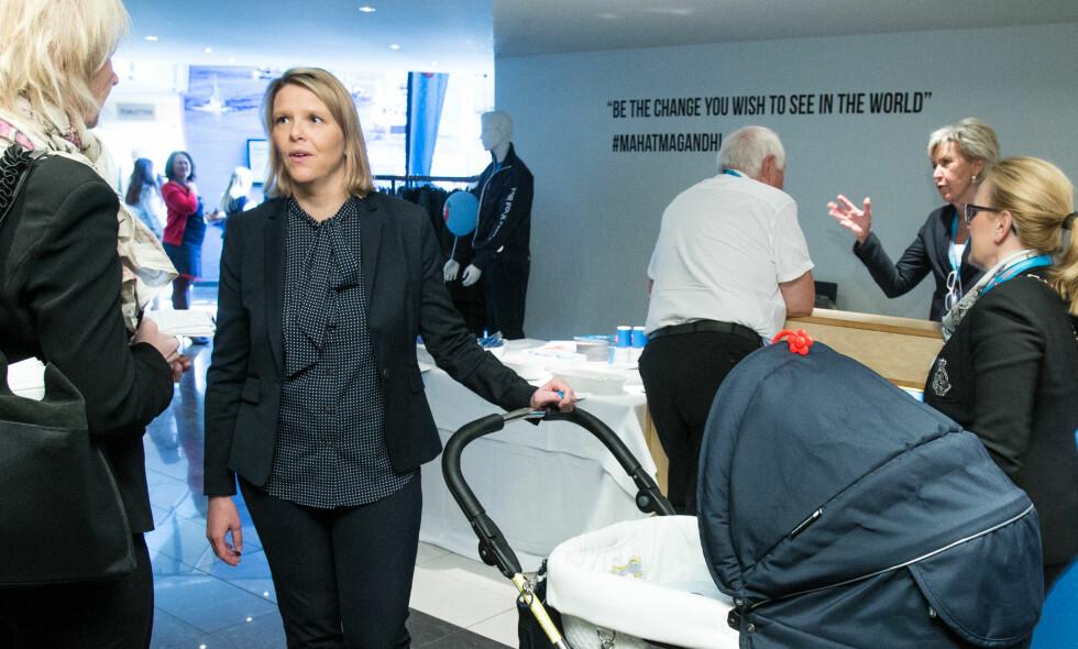 INTEGRERINGSMINISTER: Sylvi Listhaug med barnevogn under Fremskrittspartiet sitt landsmøte på Gardermoen i mai. Foto: Audun Braastad / NTB scanpix