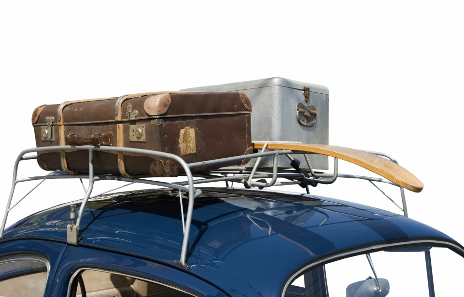 DA VI TENKTE KOFFERT: Takgrind var det hotte før i tia. Nå er den erstattet med en fancy skiboks i bilens farge. Foto: NTB/SCANPIX