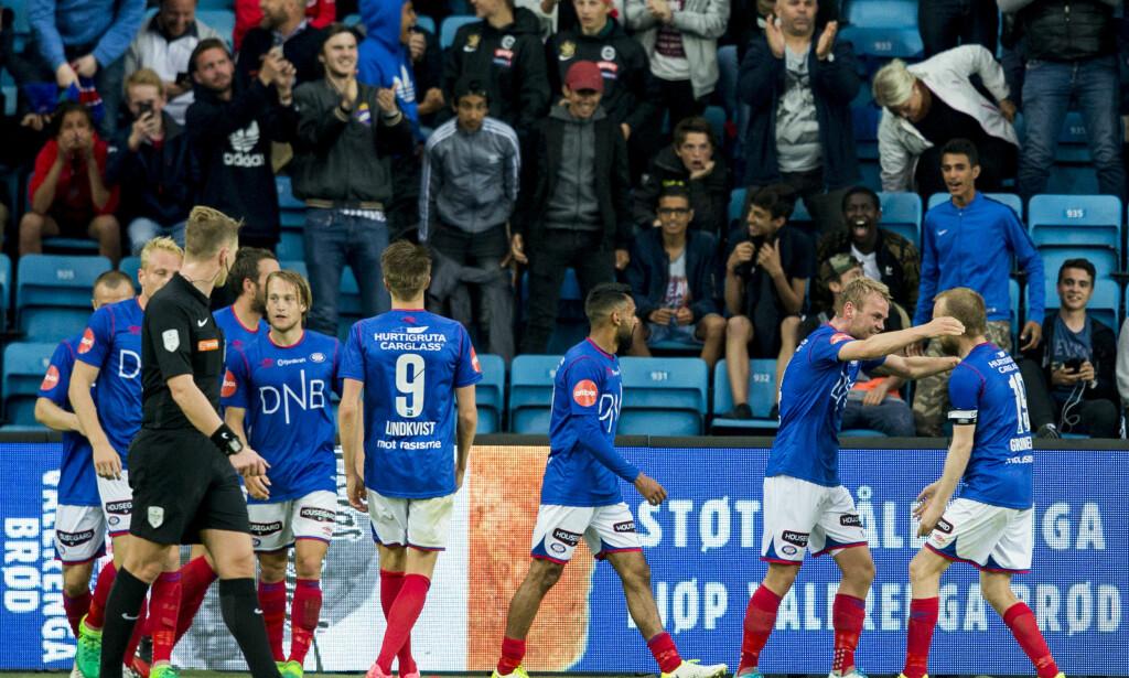 FIKK SISTE ORD: Herman Stengel jubler sammen med Christian Grindheim (t.h.) etter å ha utliknet mot Rosenborg. Foto: Vegard Wivestad Grøtt / NTB scanpix