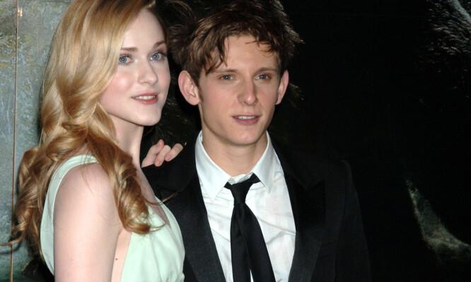 EKSKONA: Jamie Bell fotografert sammen med Evan Rachel Wood. De to var kjærester på midten av 2000-tallet, og ble gjenforent noen år senere. Ekteskapet deres tok imidlertid slutt etter to år. Foto: NTB scanpix
