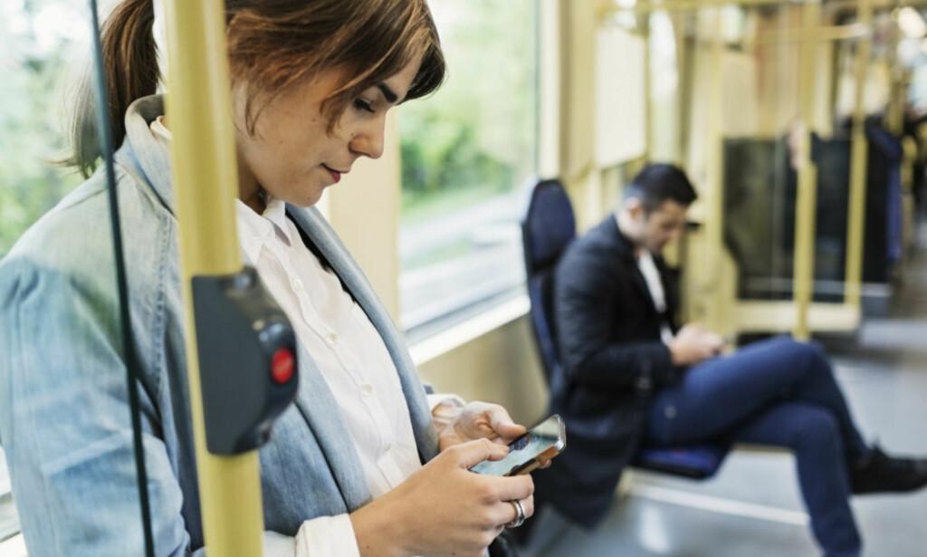 FOR DYRT: Nkom mener det er for dyrt for andre mobilaktører å leie plass i Telenors mobilnett. Foto: Maskot / NTB Scanpix