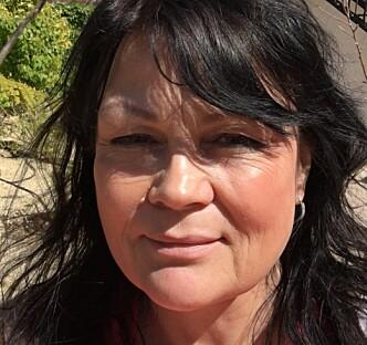 <strong>LEGG BORT MOBILEN I FERIEN:</strong> Familieterapeut Eva Henriette Mohn tror mange barn blir lei seg av at foreldre stadig bryter kontakten for å sjekke mobilen. Foto: Privat