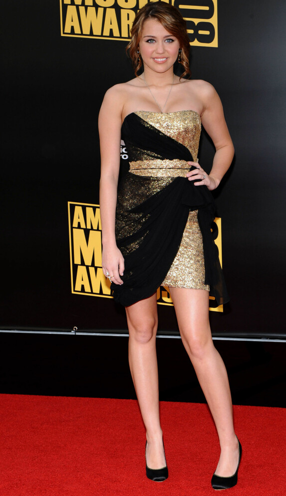 <strong>I 2008:</strong> Miley Cyrus på American Music Awards i Los Angeles. Foto: NTB scanpix