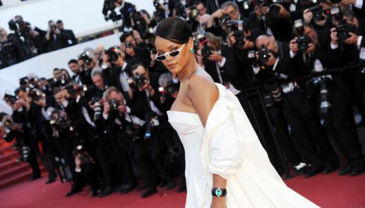 MED BRILLER: Rihanna på «Okja»-premieren i Cannes i mai. Foto: NTB scanpix