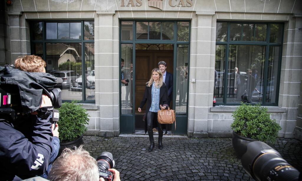 FERDIG: Therese Johaug forlater  høringen.  Foto: Hans Arne Vedlog  /  Dagbladet