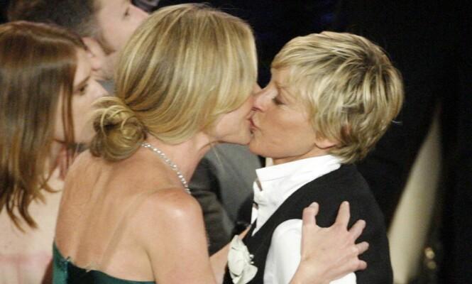 <strong>GIFTET SEG:</strong> Ellen DeGeners og Portia de Rossi giftet seg i 2008. 19 gjester skal ha vært til stede under seansen. Foto: NTB scanpix