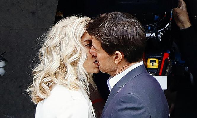 SAMMEN: Scientologikirken har godtatt forholdet mellom Vanessa Kirby og Tom Cruise, men de fortsetter å holde en lav profil.