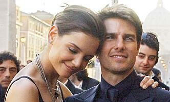 UNG OG FORELSKET: Katie Holmes var ett år eldre enn Vanessa er nå, da hun ble kjæreste med Tom. Foto: NTB scanpix
