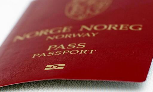 image: Nesten halvparten av landets passkontor legges ned