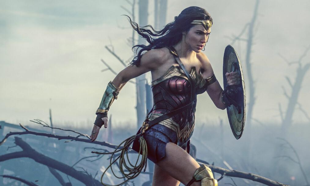 <strong>OVER 70 ÅR GAMMEL:</strong> Den første tegneserien med Wonder Woman kom ut i 1941. I dag portretterer Gal Gadot den moderne versjonen. Foto: Warner Bros