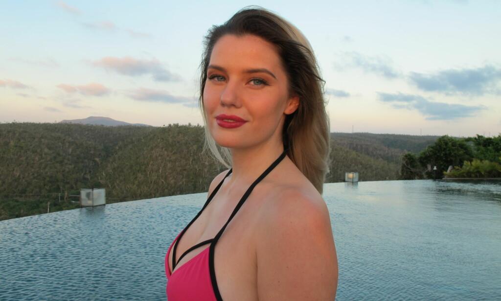 OVERLEVDE: Sofie Nilsen (22) var på Utøya den 22. juli i 2011. Der mistet hun en av sine beste kamerater. Noen somre tidligere mistet hun faren. Nå forteller hun åpenhjertig om sitt forhold til årstiden på sin egen blogg. Foto: Kine Falch
