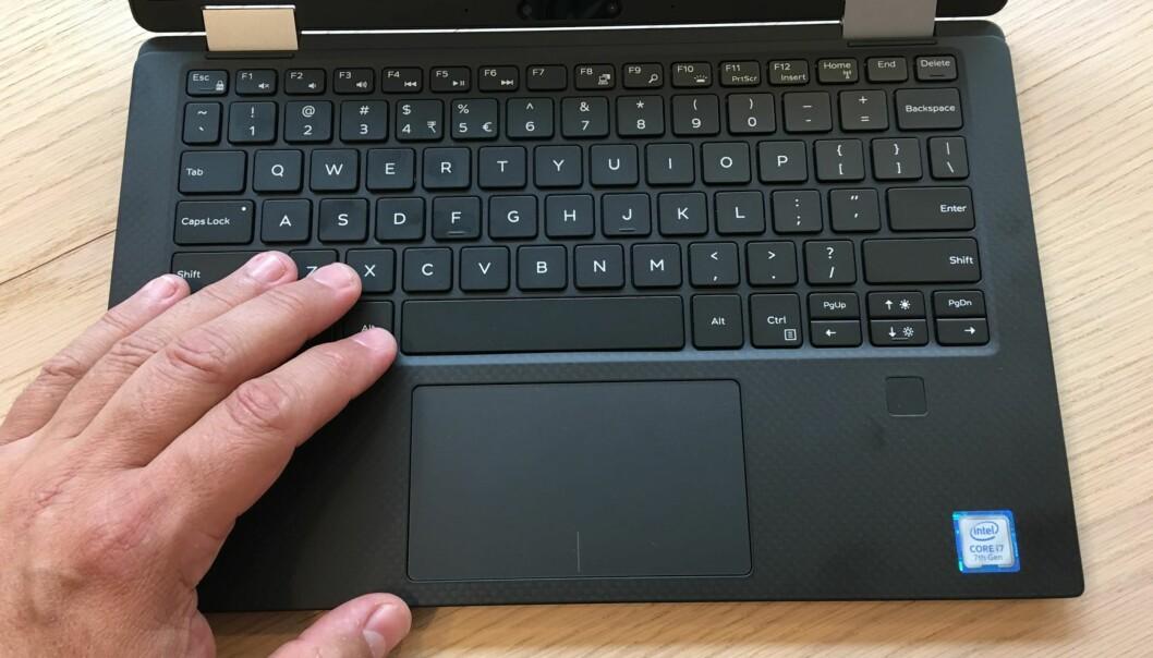 <strong>GODE GREIER:</strong> Tastaturet er stort nok til at touch-metoden aldri ble noen utfordring for testeren. Foto: Bjørn Eirik Loftås