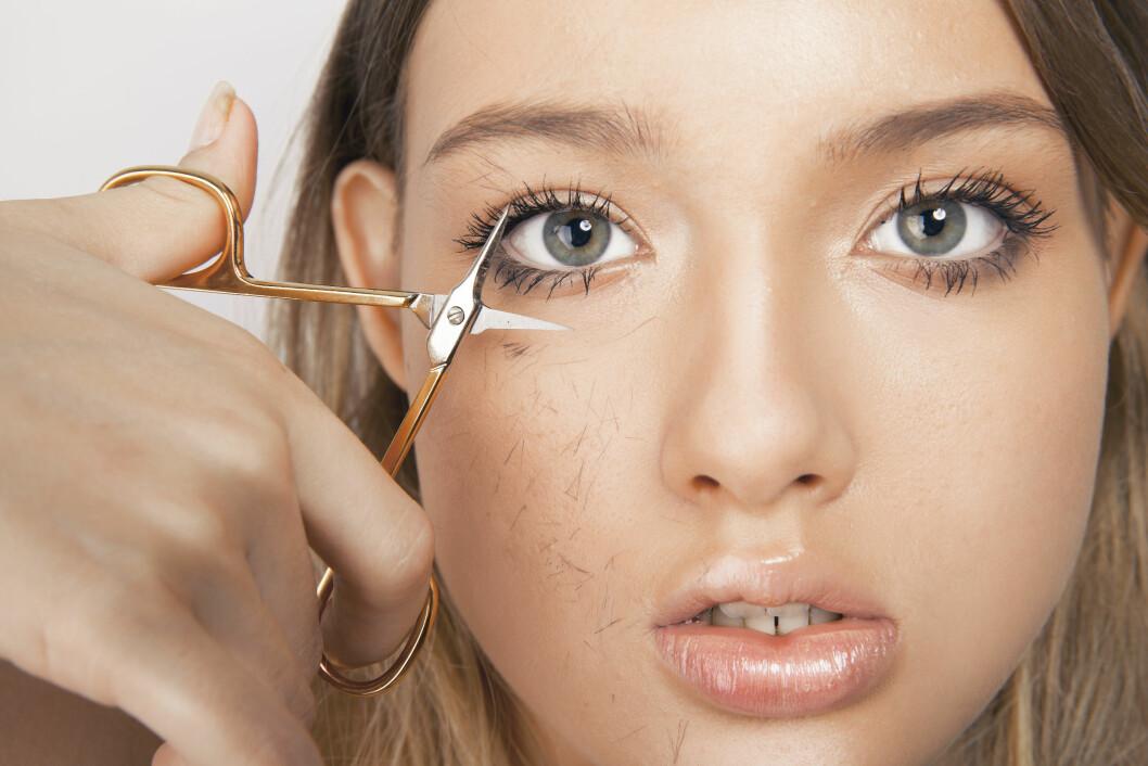 UNNGÅ Å KLIPPE BRYNENE: Ifølge øyenbrynseksperten er dette det verste du kan gjøre med brynene dine.  Foto: Shutterstock / mirela bk