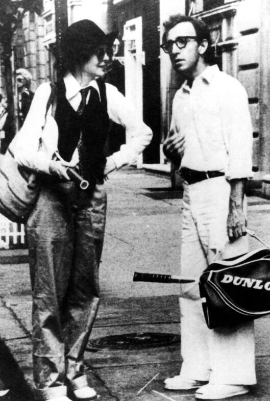 <strong>ROLLEMODELL:</strong> Skuespiller Diane Keaton satte «kvinnedressen» på kartet da hun spilte i filmen «Annie Hall», med regissør og skuespiller Woody Allen, på slutten av 70-tallet. Foto: NTB Scanpix