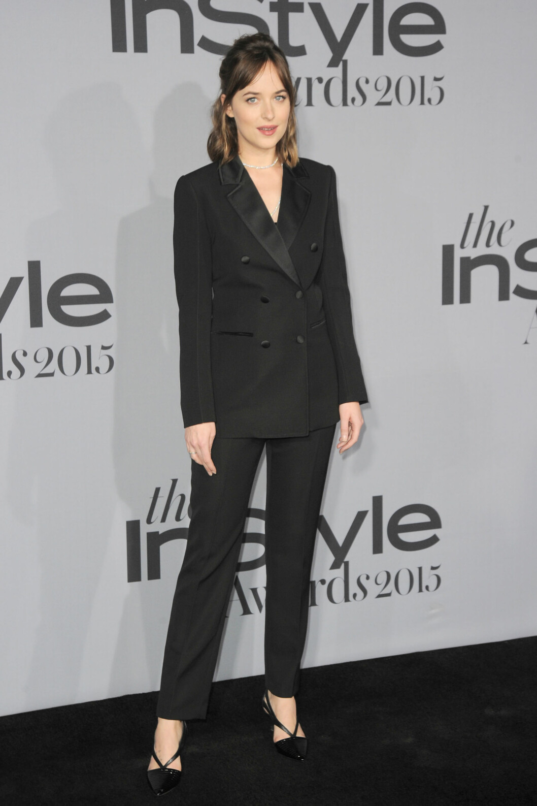 <strong>DEN LANGE SORTE:</strong> Skuespiller Dakota Johnson på InStyle Awards i Los Angeles i oktober. Foto: NTB Scanpix