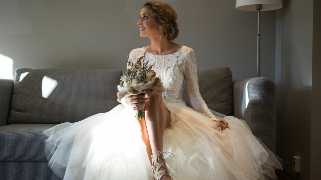 6d163d057f12 Susanne wergeland  Historien bak den fantastiske brudekjolen til TV ...