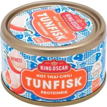 MYE SUKKER: Tunfisken hot thai chili fra king Oscar inneholder hele 10,7 gram sukker per 100 gram.  Foto: Produsenten