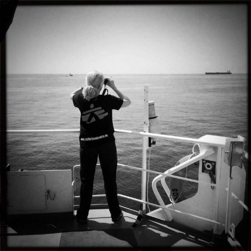 SPEIDER eTTER BÅTFLYKTNINGER: Sommeren har vært spesiell for Lindis Hurum. Ekstra spesiell fordi krisen er i Europa. Foto: Francesco Zizola/ Leger Uten Grenser