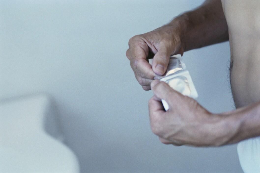 KONDOM: Reform Ressurssenter for menn mener menn må bli flinkere til å beskytte seg. Foto: All Over Press