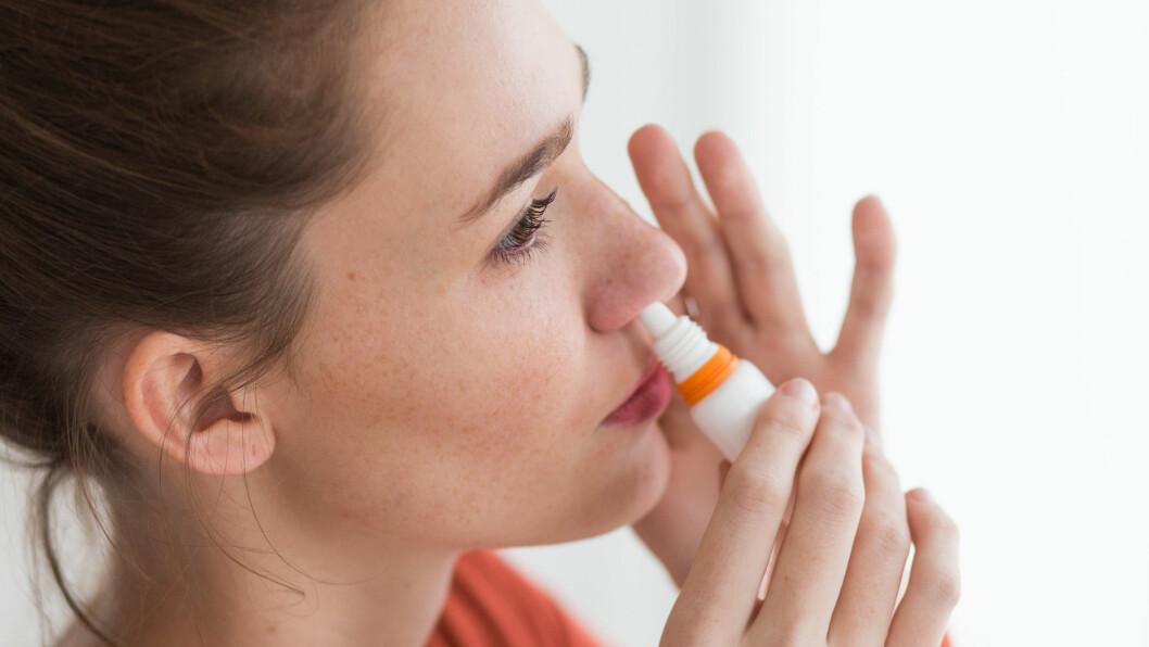AVHENGIG AV NESESPRAY: Har man brukt nesespray i mer enn de anbefalte ti dagene, kan det i verste fall føre til langvarig avhengighet.  Foto: © Burger/phanie/Phanie Sarl/Corbis