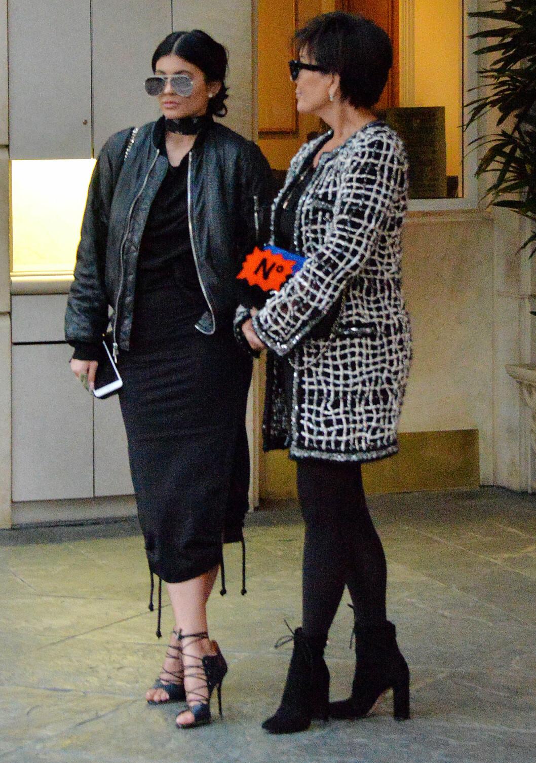 Kylie Jenner og moren Kris Jenner Foto: Broadimage